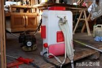 除草剤の入ったタンク