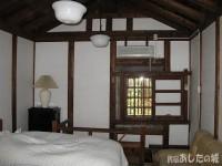 蔵の2階にある寝室