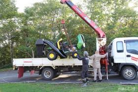 ついに乗用芝刈り機がやってきた