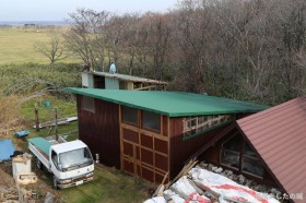 屋根のトタン張り