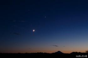 木星と金星と月の競演