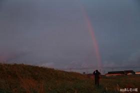 稚咲内から見た虹