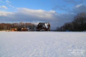 夕方まで雪は溶けず
