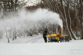 まずは除雪